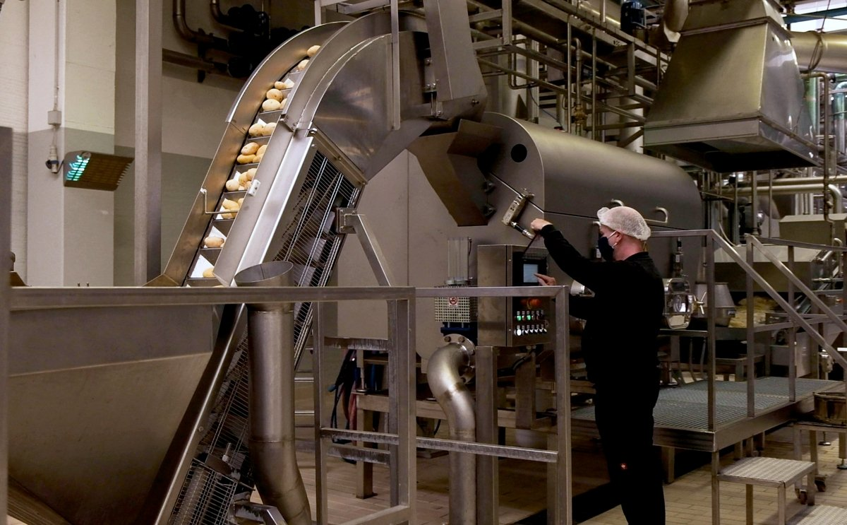 Amica Chips installs Elea PEF systems for yield and quality improvement