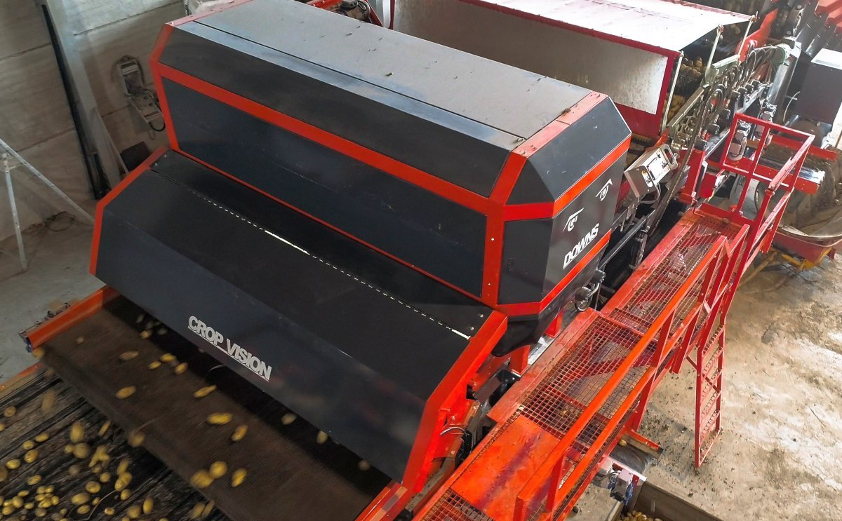 DOWNS CropVision®: The new generation of Potato Optical Sorter for Unwashed Potatoes