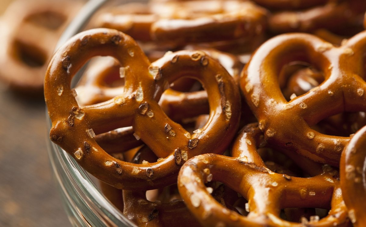 tna helps Egyptian pretzel manufacturer Future Foods to set up efficient processing and packaging line