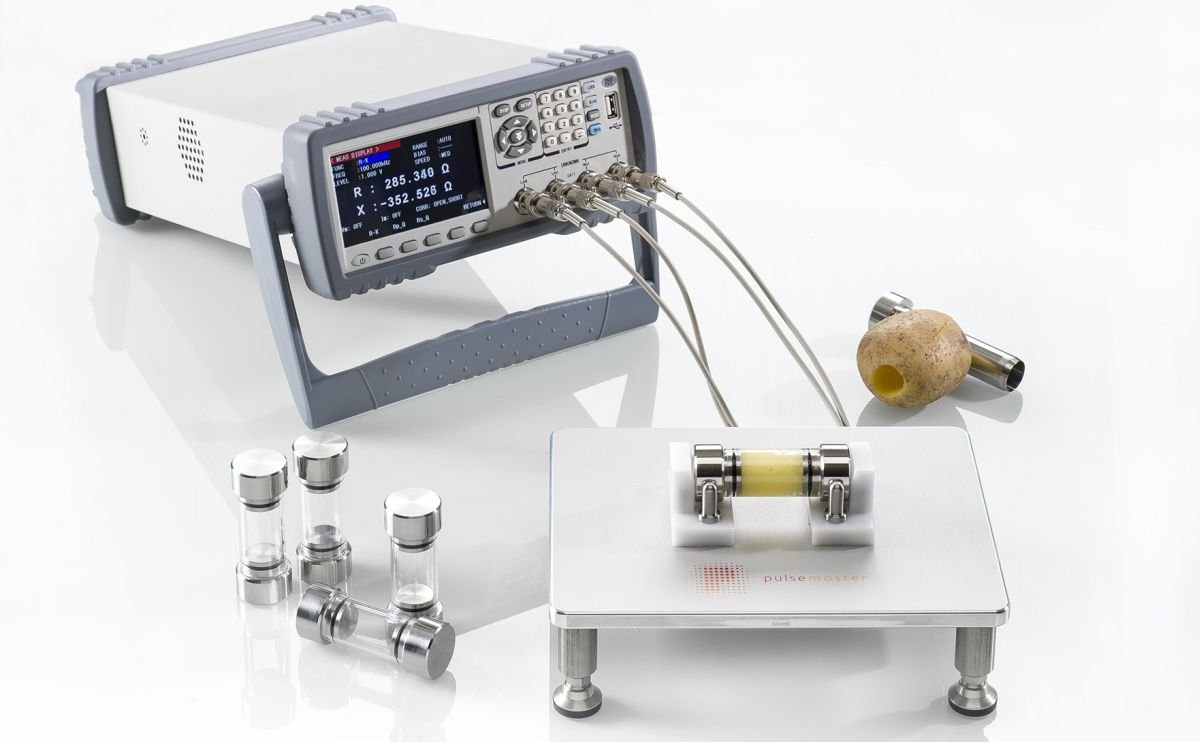 Pulsemaster makes conductivity measurement of potatoes to optimize PEF application easy