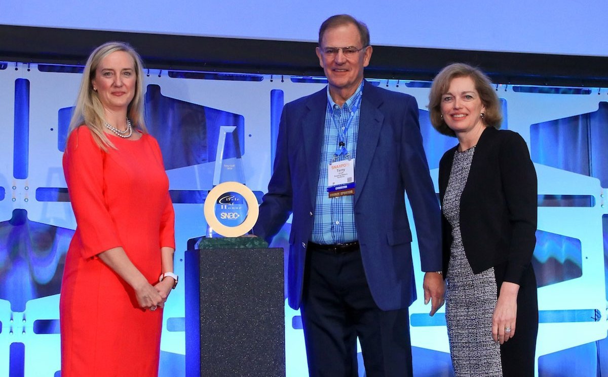 Terry Groff, Reading Bakery Systems, Awarded 2019 Circle of Honor during SNAXPO 2019