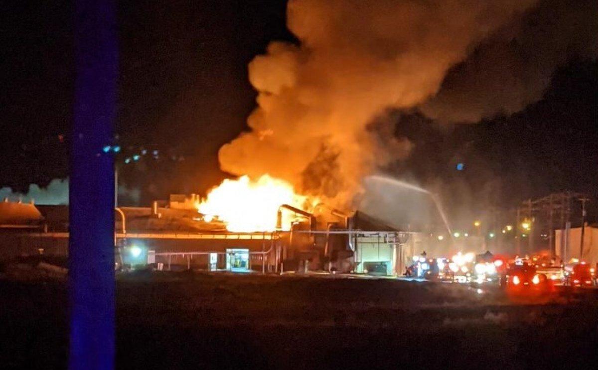 Overnight, the Washington Potato Company potato dehydration plant in Warden, Washington, burned down.